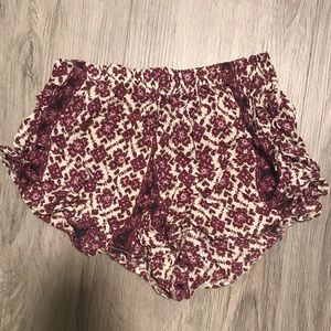 ❌SOLD❌Brandy Melville Tribal Flowy Shorts